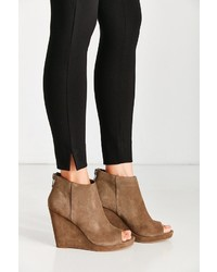 Dolce Vita Demy Wedge