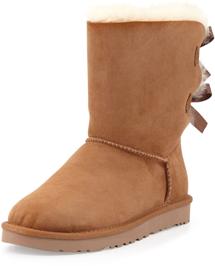 ... UGG Australia Bailey Bow Back Short Boot Chestnut ...