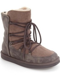 Ugg lodge boot medium 816860