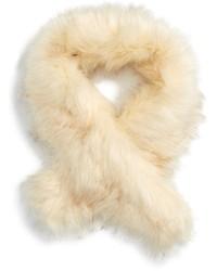 Bufanda de pelo blanca de Sole Society