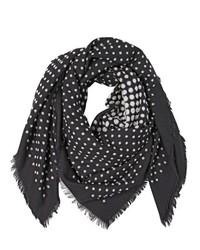 Bufanda de seda a lunares en negro y blanco de Alexander McQueen