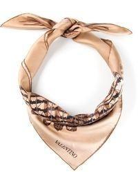 Bufanda de seda estampada en beige