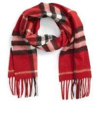 Bufanda roja de Burberry