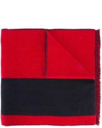 Bufanda roja de McQ