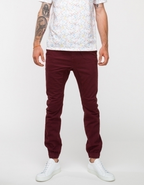 Zanerobe Sureshot Chino In Burgundy