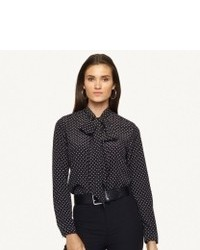 Consider teaming a black pencil skirt with a button down blouse to ooze class and sophistication.