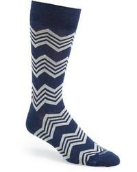 Calcetines de rayas horizontales en azul marino y blanco