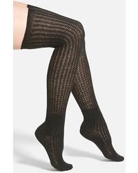 Calcetines hasta la rodilla negros de Vince Camuto