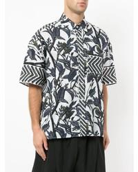 Camisa de manga corta con print de flores blanca de Yoshiokubo