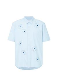 Camisa de manga corta con print de flores celeste de Jimi Roos