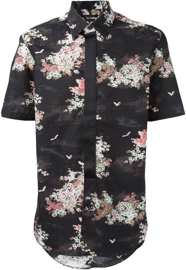8fa82db022c3f ... Camisa de manga corta con print de flores negra de Marc Jacobs