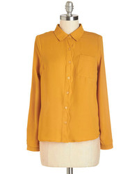 Camisa de vestir mostaza