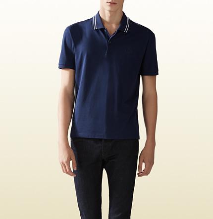 cbd68afc2 Camisa Polo Azul Marino de Gucci: dónde comprar y cómo combinar
