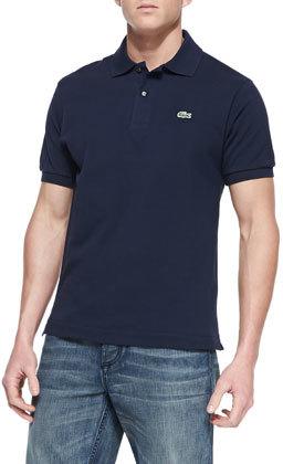 Camisa polo azul marino de Lacoste  dónde comprar y cómo combinar 2f333ce4b1