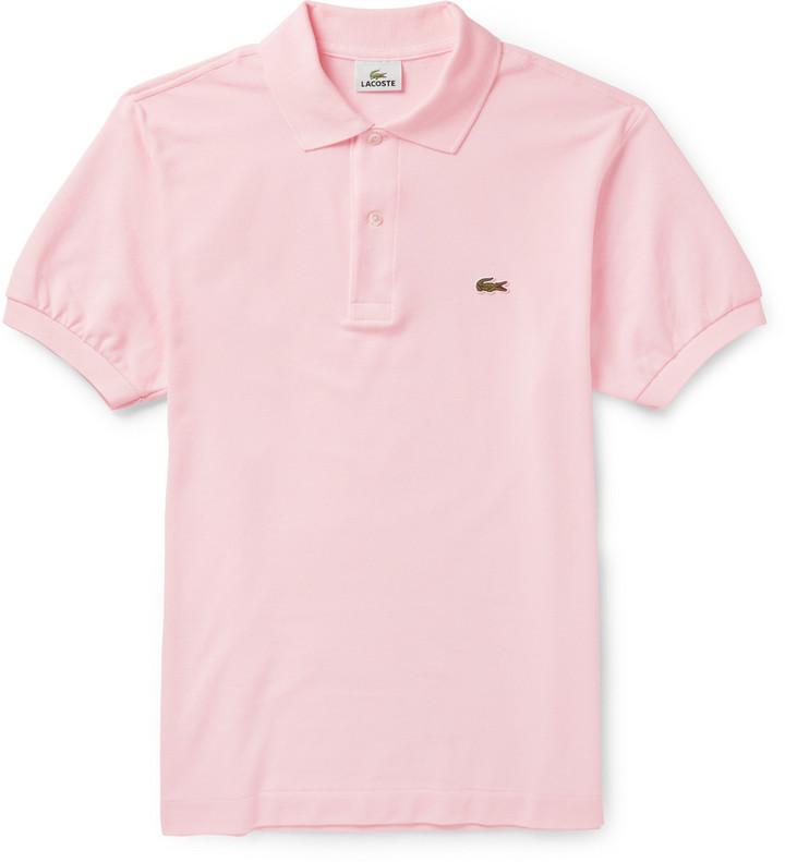 6bd8d61fd22ed Camisa polo rosada de Lacoste  dónde comprar y cómo combinar