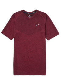 Camiseta con cuello circular burdeos