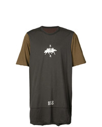 Camiseta con cuello circular estampada en marrón oscuro de Ziggy Chen