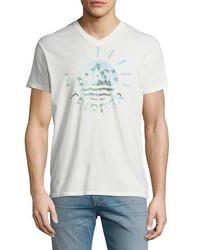 Camiseta con cuello en v estampada blanca de Sol Angeles