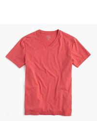 Camiseta con cuello en v roja de J.Crew