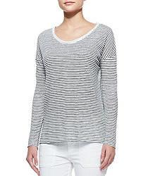 Camiseta de manga larga de rayas horizontales en blanco y azul marino de Vince