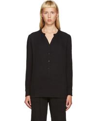 Camiseta henley negra de Raquel Allegra