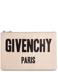 Cartera sobre de cuero estampada en beige de Givenchy