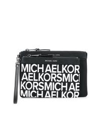 Cartera sobre de cuero estampada en negro y blanco de MICHAEL Michael Kors