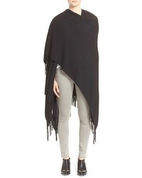 Chal сon flecos negro de Autumn Cashmere