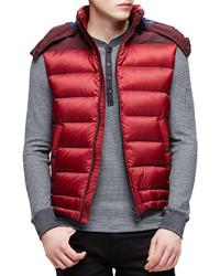 Chaleco de abrigo rojo de Burberry