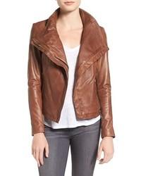 Chaqueta motera de cuero marrón de Moto
