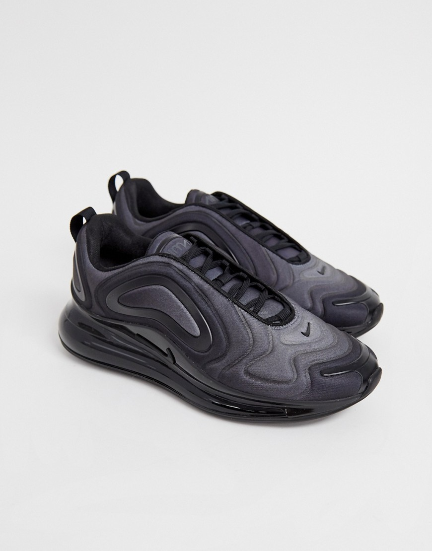 nike air max 720 trainers in black