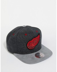 Mitchell & Ness Perforated Suede Detroit Red Wings Snapback Cap