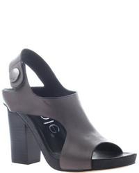 Jaylene sandal medium 451651