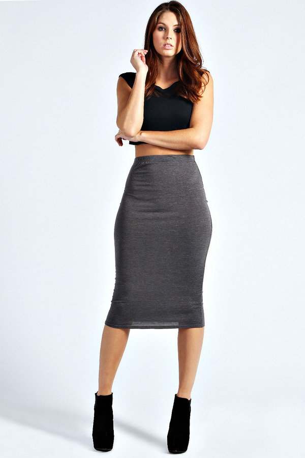 Boohoo Lexi Midi Jersey Tube Skirt | Where to buy & how to wear