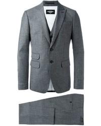 Dsquared2 classic three piece suit medium 640778