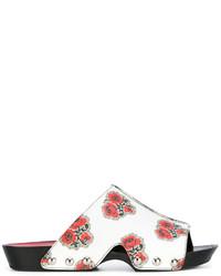 Chinelas de cuero estampadas blancas de Alexander McQueen