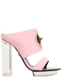 Chinelas de cuero rosadas de Versace