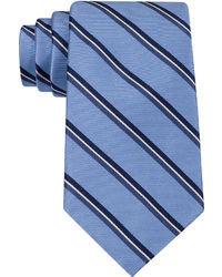 Corbata de rayas verticales azul