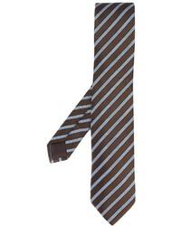Corbata de rayas verticales en marrón oscuro de Ermenegildo Zegna