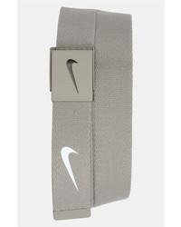 Correa de lona gris de Nike