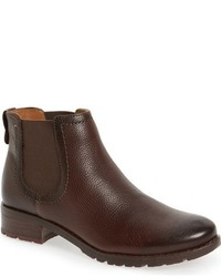 Selby chelsea bootie medium 801316