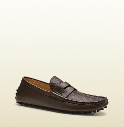 54331227d7e ... Shoes Gucci Diamante Leather Driver ...