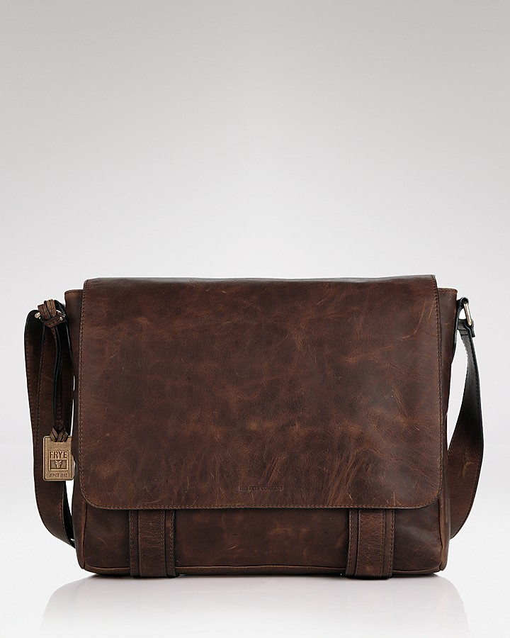 Frye Logan Messenger Bag | Where to buy & how to wear