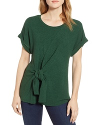 .Layered Twist Front Top