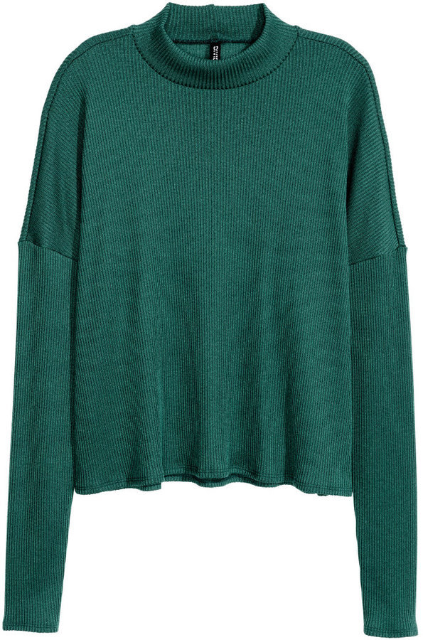 H&M Ribbed Mock Turtleneck Sweater | Where to buy & how to wear