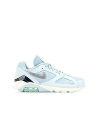 Deportivas celestes de Nike