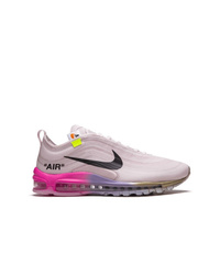 Deportivas rosadas de Nike