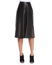Falda campana de cuero negra de Burberry