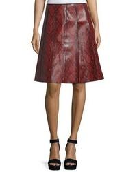 Falda de cuero con print de serpiente roja de Marc Jacobs