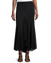 Comprar una falda larga negra de Neiman Marcus  elegir faldas largas ... 966b4734d89d